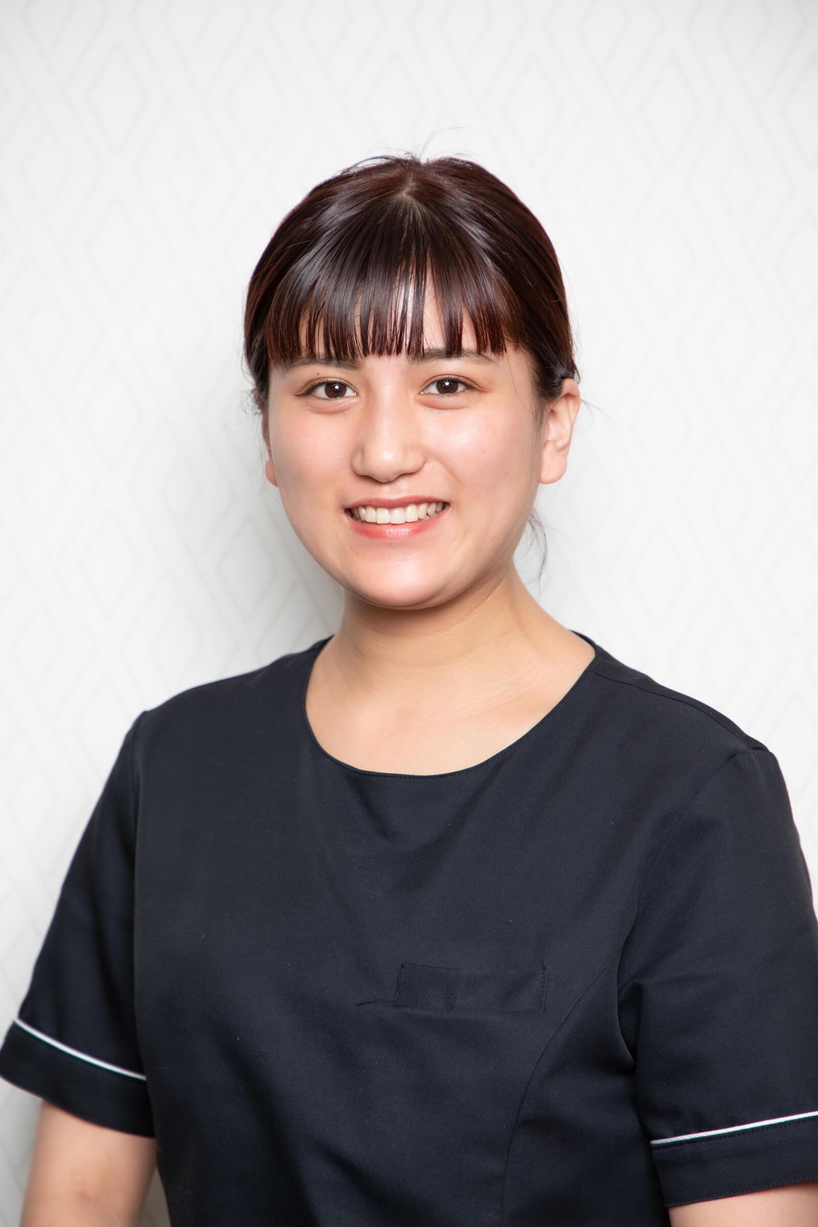 横浜のエステサロンAYAのスタッフ吉留凪紗
